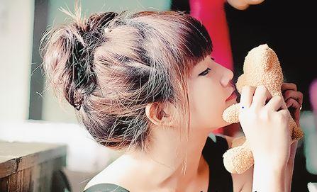 Hướng dẫn thực hiện kiểu tóc búi rối đơn giản