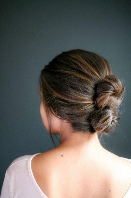 Tóc búi đôi tôn lên vẻ đẹp nữ tính, yêu kiều cho phái nữ