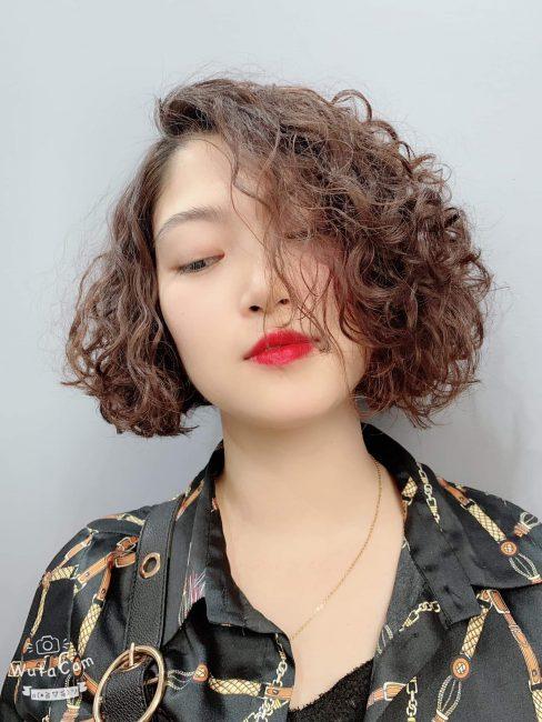 tóc ngắn uốn xù đẹp