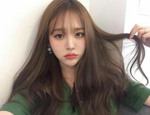kiểu tóc dài đẹp mái thưa