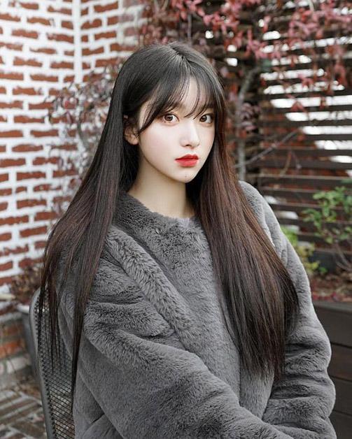 Kiểu tóc dài đẹp của con gái Nhật Bản