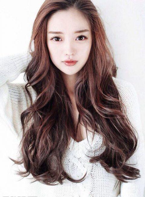 Kiểu tóc dài gẩy ligh đẹp