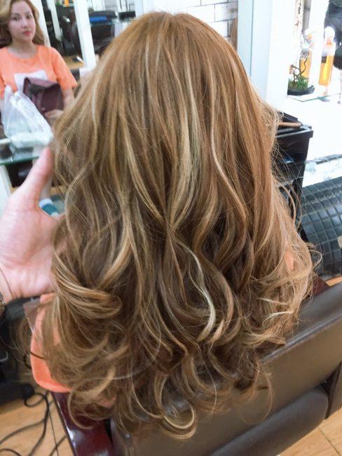 Uốn tóc đẹp cao cấp Sài Gòn